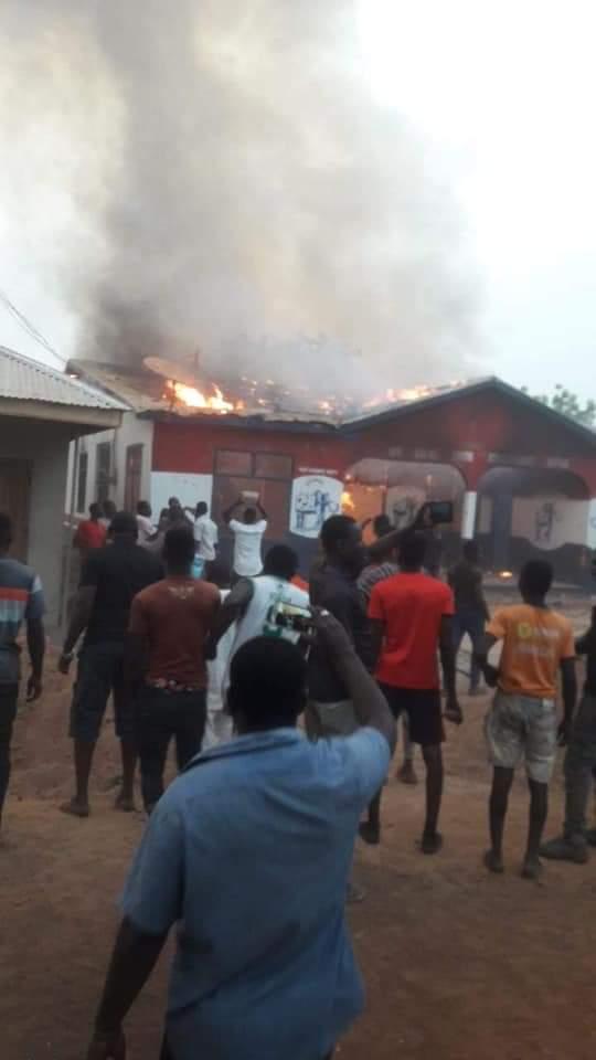 Salaga: NPP youth set ablaze party office over capital snub