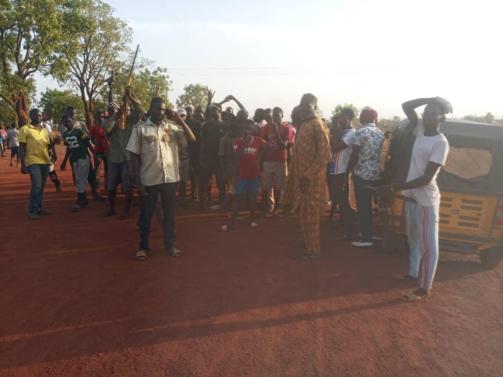 Dagbon youth block roads with rocks, stems as Yaa Naa's authority faces test