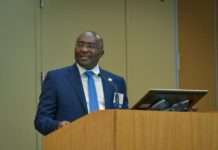 Dr. Mahamudu Bawumia at the Chicago Booth session