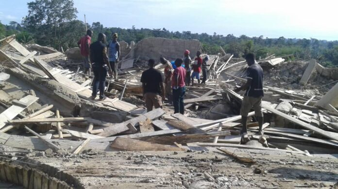 E/R Church collapse: death toll now 10; Police begins investigation